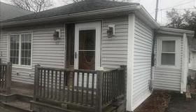 43 13th Ave, Wareham, MA 02571