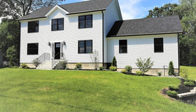 94 Newton St, Southborough, MA 01772