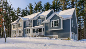 67 Molly Towne Rd, North Andover, MA 01845