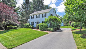 32 Hunting St, North Attleboro, MA 02760