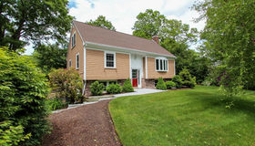 64 Bent Tree Dr, Barnstable, MA 02632