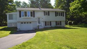16 Ridge Rd, West Brookfield, MA 01585
