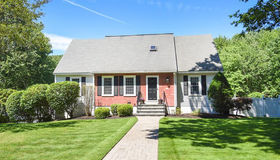 36 Woodberry Ln, North Andover, MA 01845