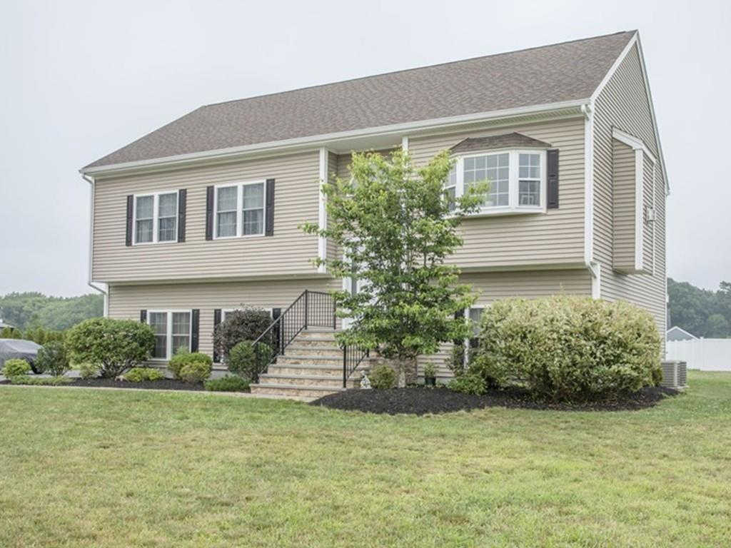 73 Blue Grass Cir, Taunton, MA 02780 now has a new price of $439,000!