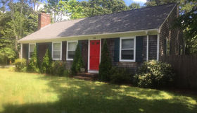 940 Coutit Rd, Barnstable, MA 02648