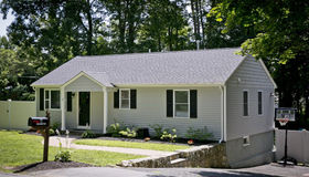 7 Maplewood Rd, Shrewsbury, MA 01545
