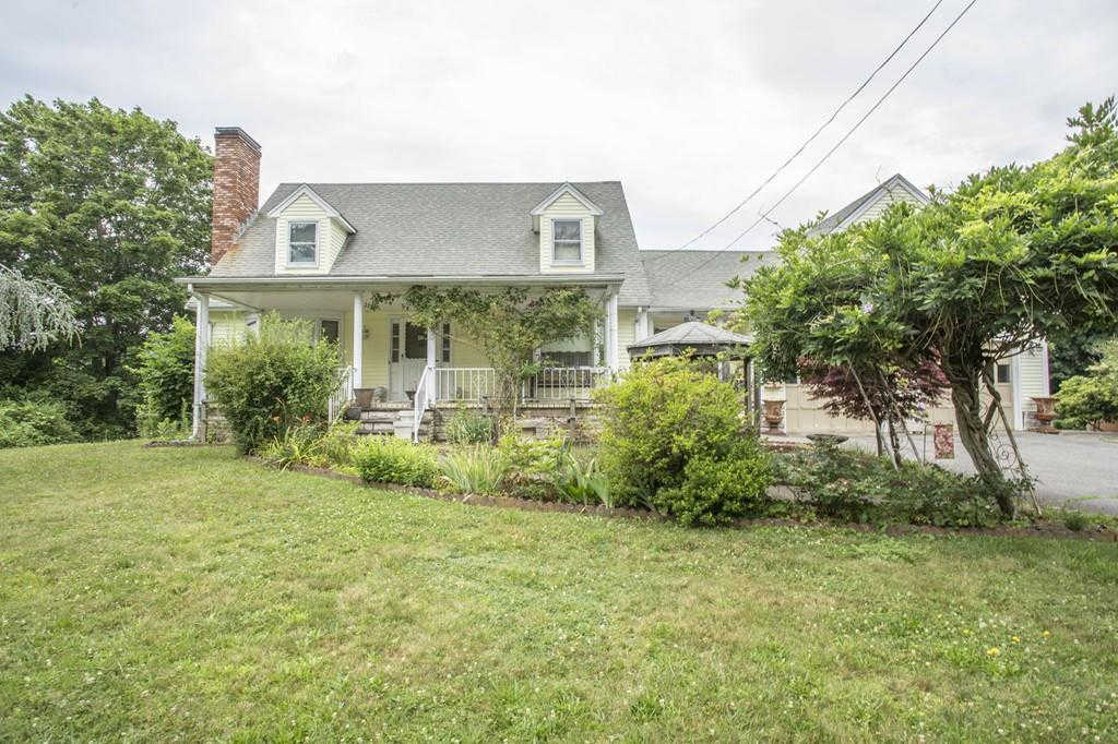 29 Linden St, Taunton, MA 02780 is now new to the market!
