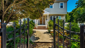 266 Common St, Quincy, MA 02169