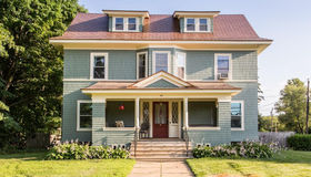 62 W Main St, West Brookfield, MA 01585