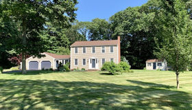 7 Salt Meadow Ln, Scituate, MA 02066