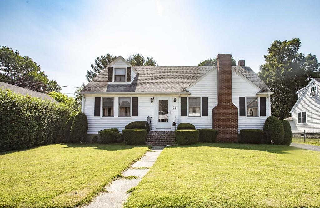 32 Friend St, Taunton, MA 02780 is now new to the market!