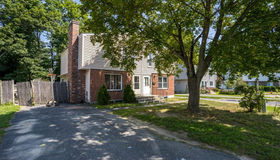 207 Cohasset St, Worcester, MA 01604