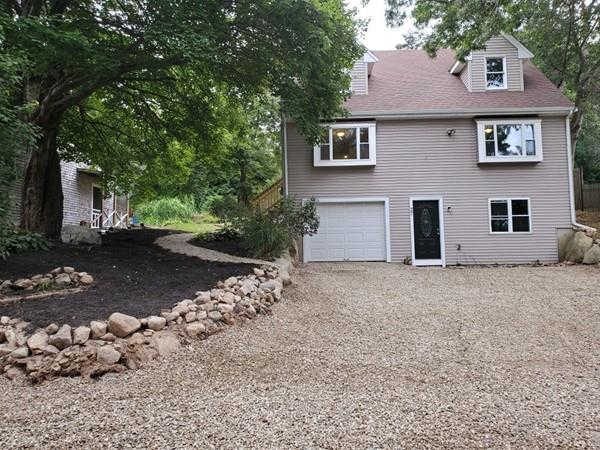 27 Ellisville Dr, Plymouth, MA 02360 now has a new price of $359,999!