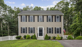 9 Old Snake Pond Rd, Sandwich, MA 02644