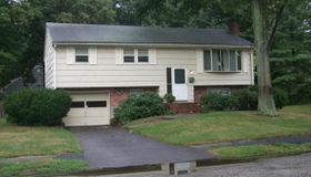 6 W Meadow Dr, Brockton, MA 02301