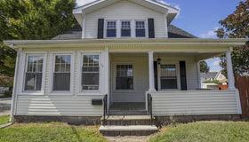 13 Bloomfield St, Pawtucket, RI 02861
