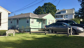 28 Lakeview Ave, Waltham, MA 02451
