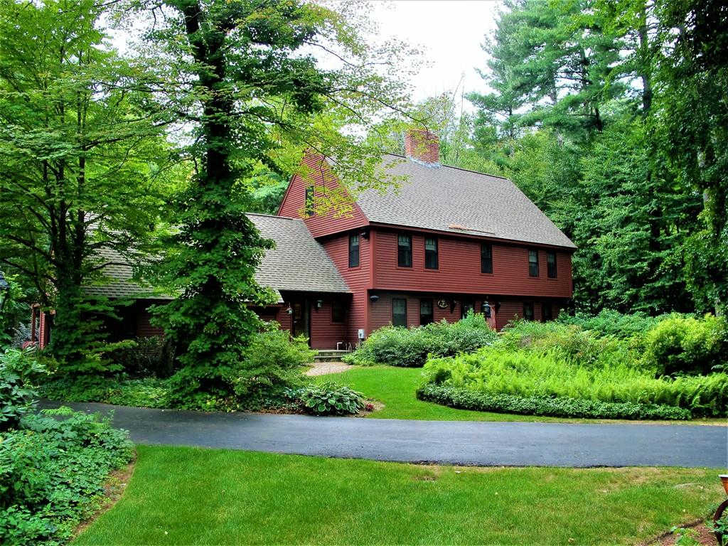 102 Newell Rd, Holden, MA 01520 now has a new price of $715,900!