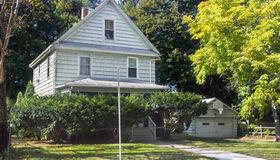 28 Walnut Street, Framingham, MA 01702