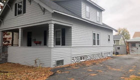 113 King Phlip Rd, Worcester, MA 01606