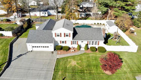 12 Colonial Dr, Chelmsford, MA 01824