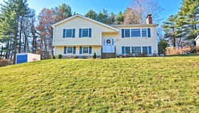 285 Country Way, Franklin, MA 02038