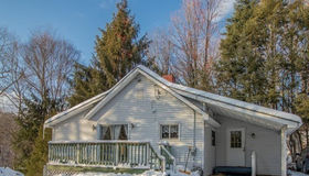 30 1/2 Cemitery Rd, Leicester, MA 01611