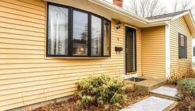 70 Longview Rd, New Bedford, MA 02745