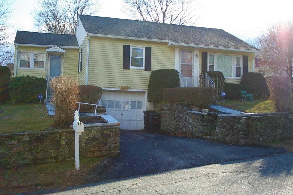 56 Margaret St, Southbridge, MA 01550 now has a new price of $189,000!