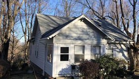 64 Chatanika Ave, Worcester, MA 01602