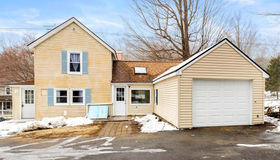 993 Stafford St, Leicester, MA 01542