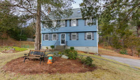 1 Green Valley Rd, Medway, MA 02053