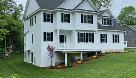 1 Meadow View Ln, Sturbridge, MA 01518