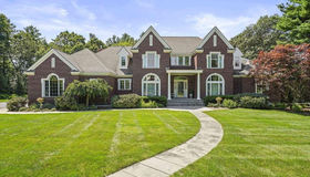 7 Chieftain Lane, Natick, MA 01760