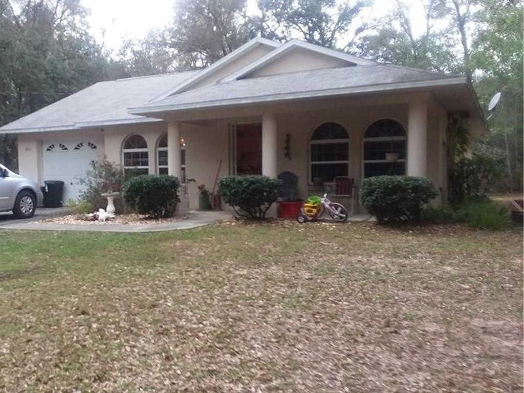 875 W Deacon Place, Citrus Springs, FL 34434 is now new to the market!