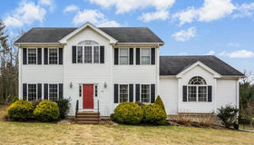 160 Forsythe Farm Road, Northbridge, MA 01534