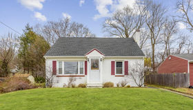 44 Tiverton pkwy, Worcester, MA 01602