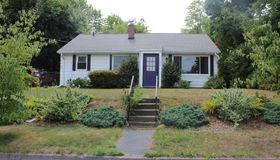 152 Uncatena Ave, Worcester, MA 01606
