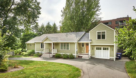 38 Lessey St, Amherst, MA 01002
