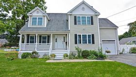 60 Pincushion Rd, Framingham, MA 01702