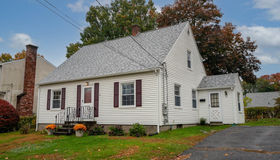 42 Middlesex Ave, Worcester, MA 01604