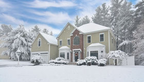 20 River Bend Rd, Upton, MA 01568