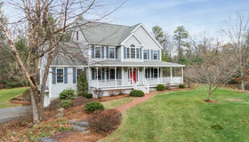 571 Old Dunstable Rd, Groton, MA 01450