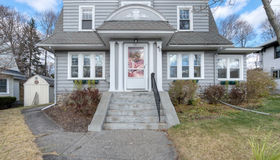40 Chamberlain Parkway, Worcester, MA 01602