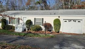 2901 Oak Point Dr, Middleboro, MA 02346