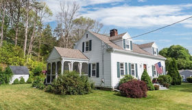 61 Cliff St, Plymouth, MA 02360
