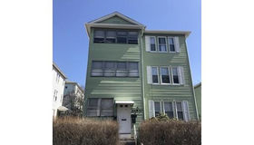 153 Ingleside Ave, Worcester, MA 01604