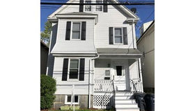 169 Sycamore St, Boston, MA 02131