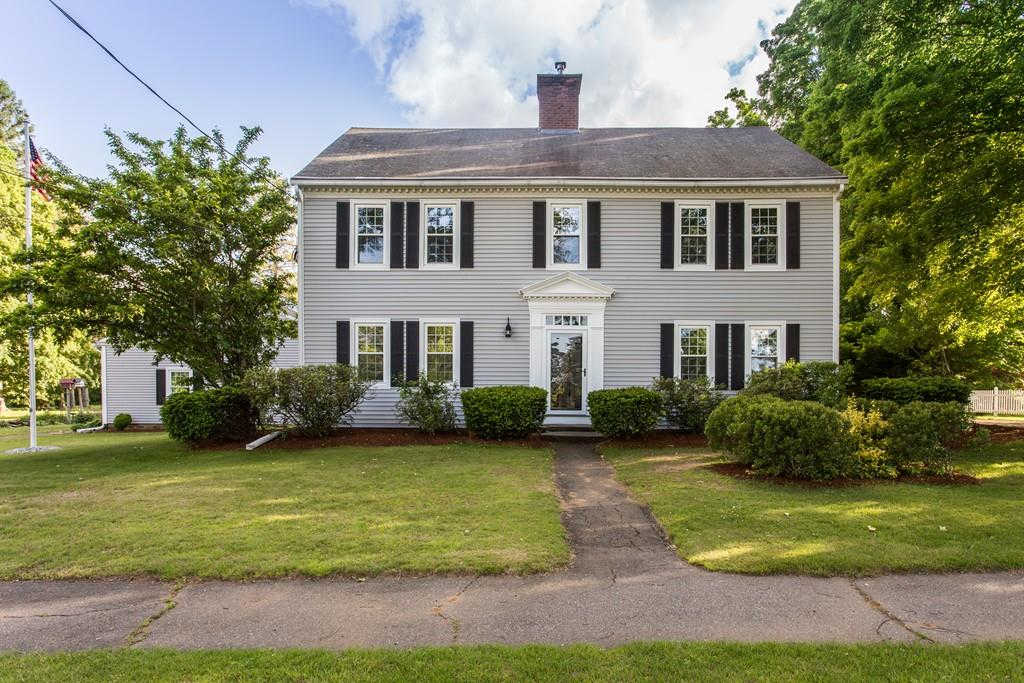 73 E Main St, West Brookfield, MA 01585 now has a new price of $524,900!