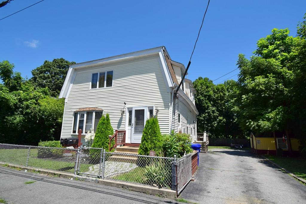 40 E Walnut, Taunton, MA 02780 is now new to the market!